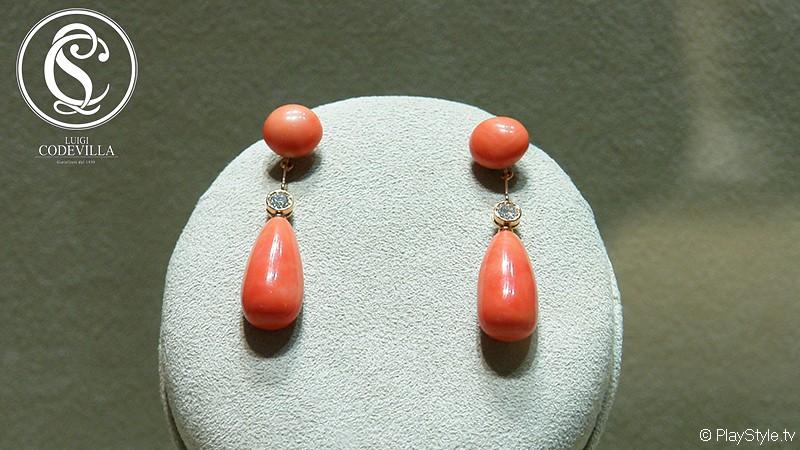 Orecchini pendenti in corallo rosa